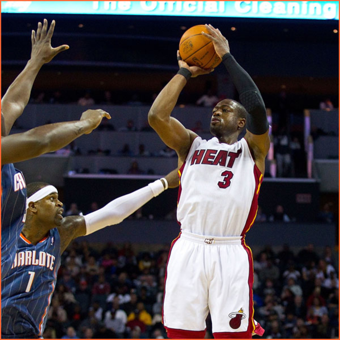 2010-11 Game Gallery: February 4: HEAT @ Bobcats