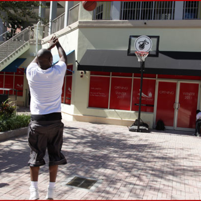 2011-12 Event: Hoops Around Town