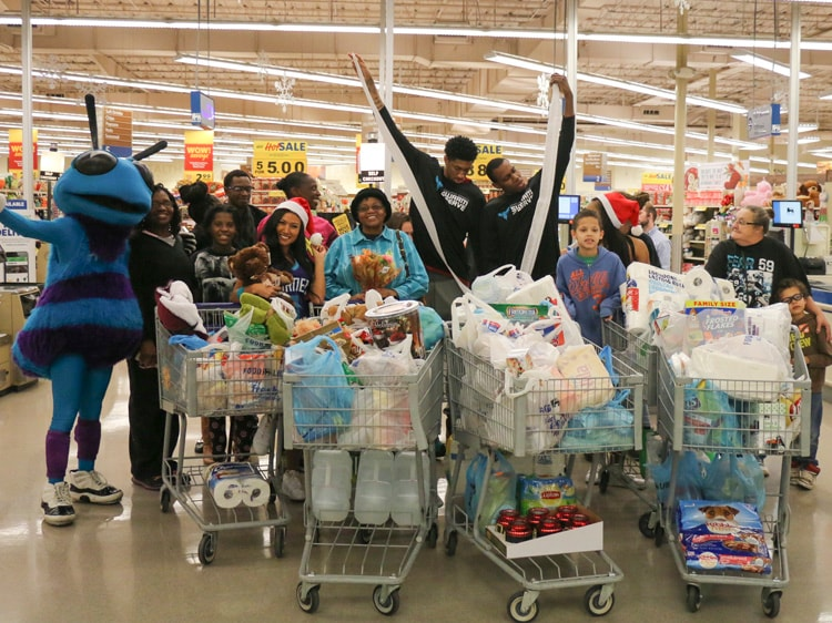 Food Lion Holiday Shopping Spree 12 2 16 Charlotte Hornets