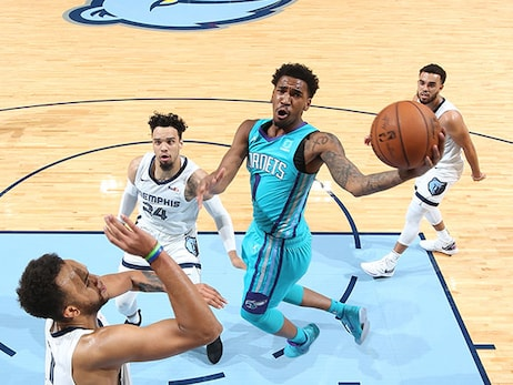 Perley's Press Pass: Hornets Offense All About Getting to the Rim and Shooting 3's
