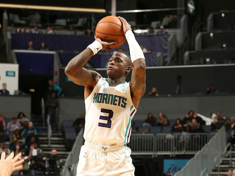 Hornets Make Late Rally, Grizzlies Prevail with Last-Second Layup