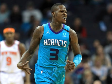 Hornets Respond with Home Win Over Knicks