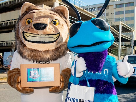 Hornets and Food Lion Feeds Partner To Support 1,000 Charlotte-Area Families at 10th Annual Cornucopia Event on November 24