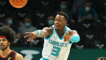 Short-Handed Hornets Wrap Up Homestand With Loss to Cavs
