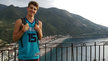International Hornets Fan Series: Say Ciao to Filippo Barresi from Alessandria, Italy