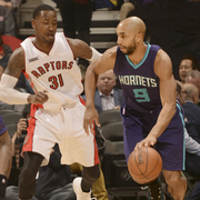 The Hornets fall to the Toronto Raptors, 92 - 87