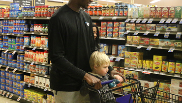 Food Lion Holiday Shopping Spree | Gallery