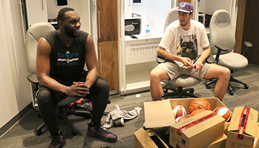 Photos: Newest Hornets Visit Charlotte