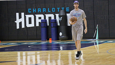 Video: Newest Hornets Visit Charlotte