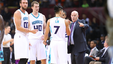 Lin Leads Hornets Win in Shenzhen