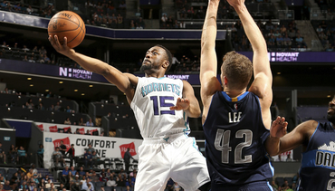 2015-16 Season Gallery | Kemba Walker