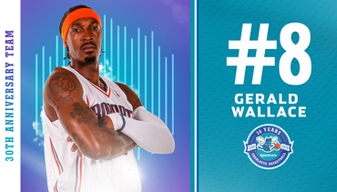 Wallace Named 8th on Hornets 30th Anniversary Team
