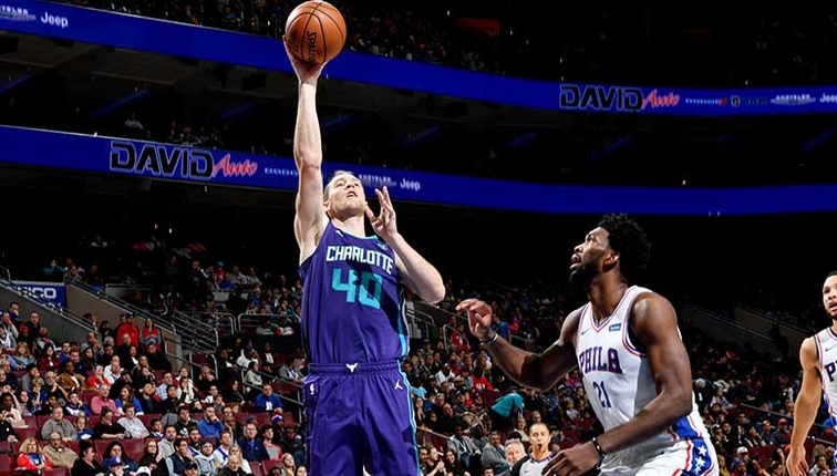Hornets Start Road Trip with Return to Philadelphia