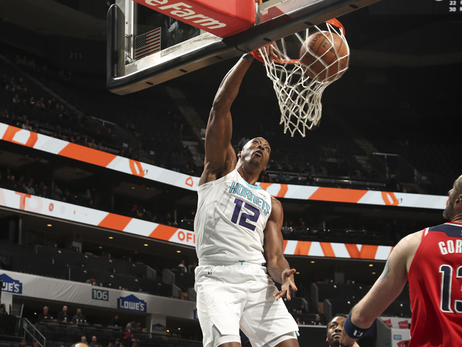 Hornets Ride Record-Setting 1st Half to Win over Wizards