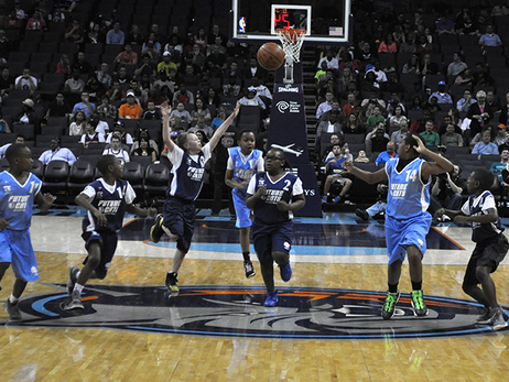 Groups - Play on the New Hornets Court