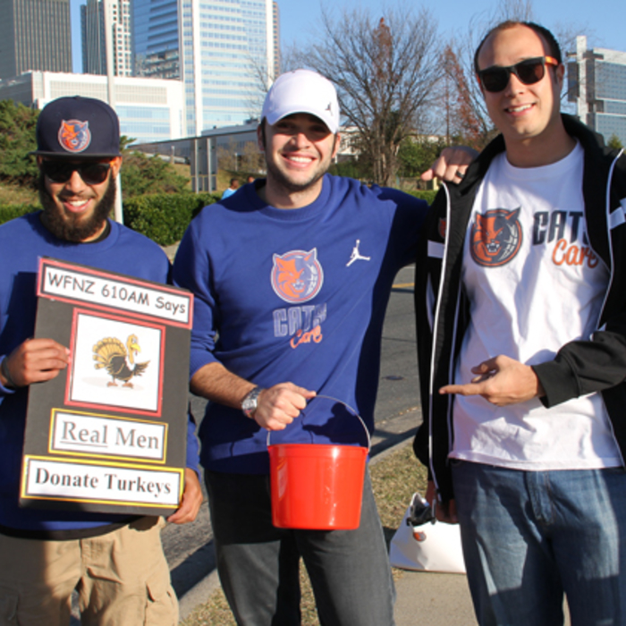 2011 Street Turkeys at WFNZ Doghouse