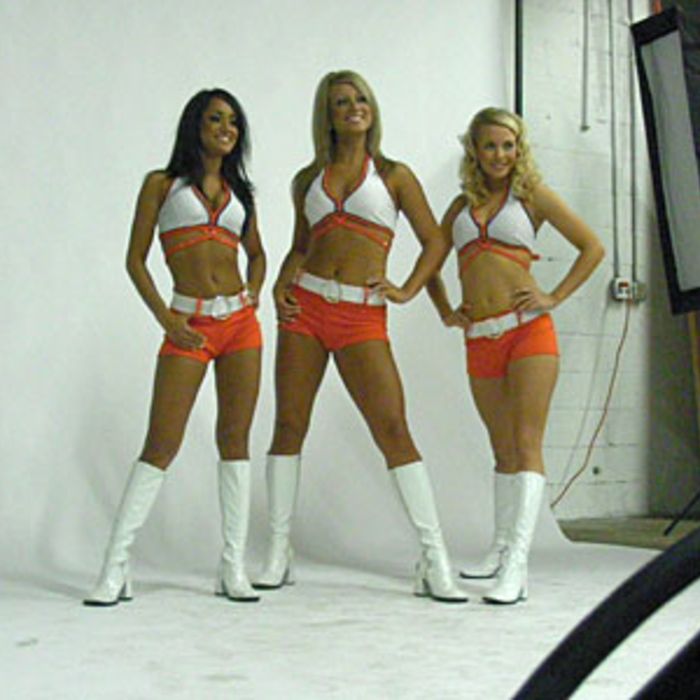 2008-09 Lady Cats Photo Shoot - Behind the Scenes Gallery
