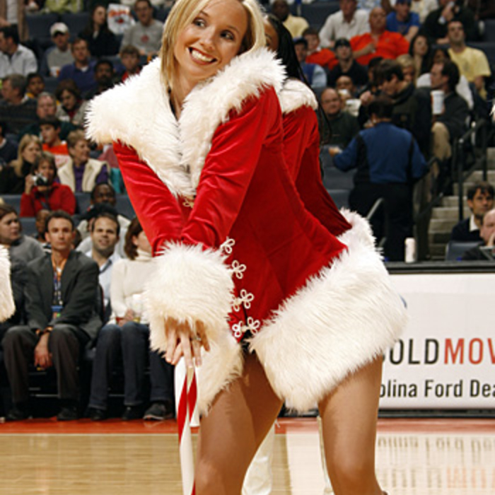 Lady Cats 2006 Christmas Gallery