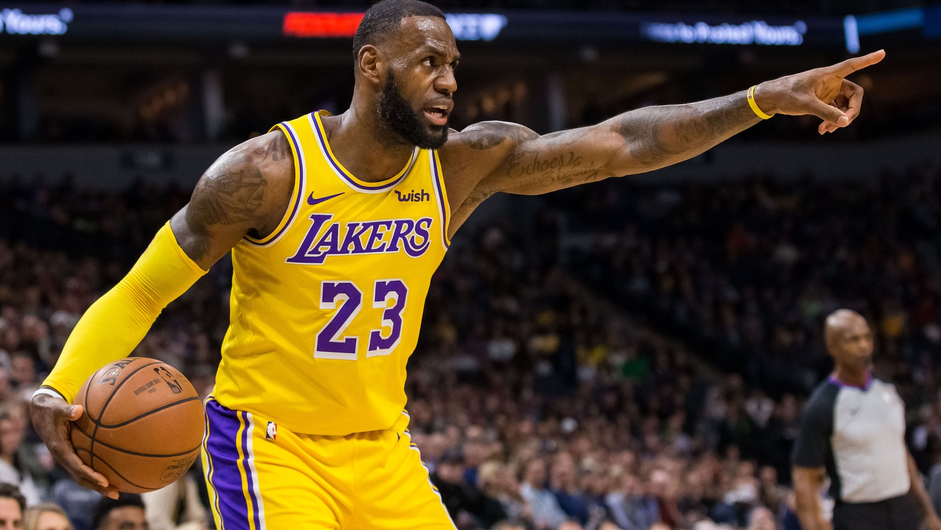Lebron Lakers >> Report Lakers Plan To Start Lebron James At Point Guard