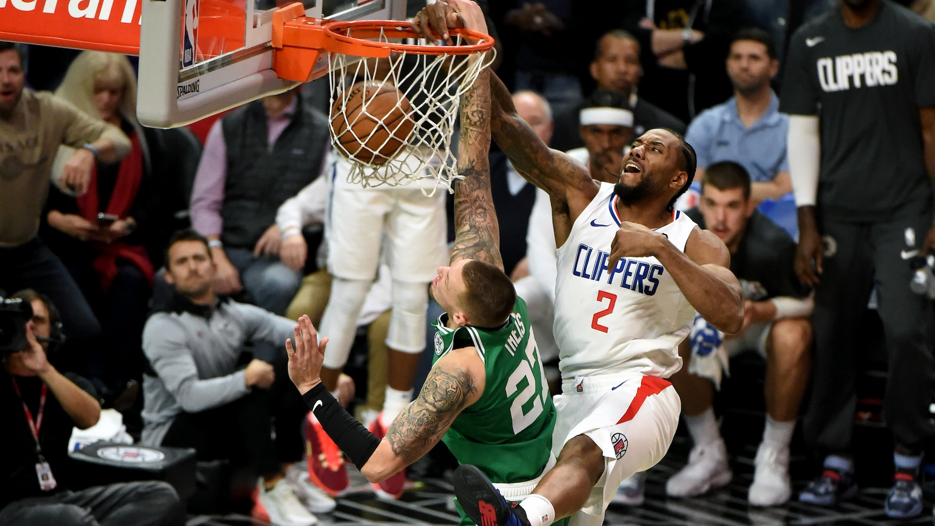 Must See Kawhi Leonard Puts Daniel Theis On Poster Sparks Clippers Nba Com