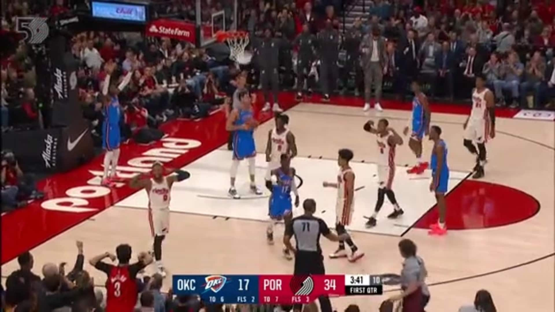 Lillard finishes through contact for the and-1