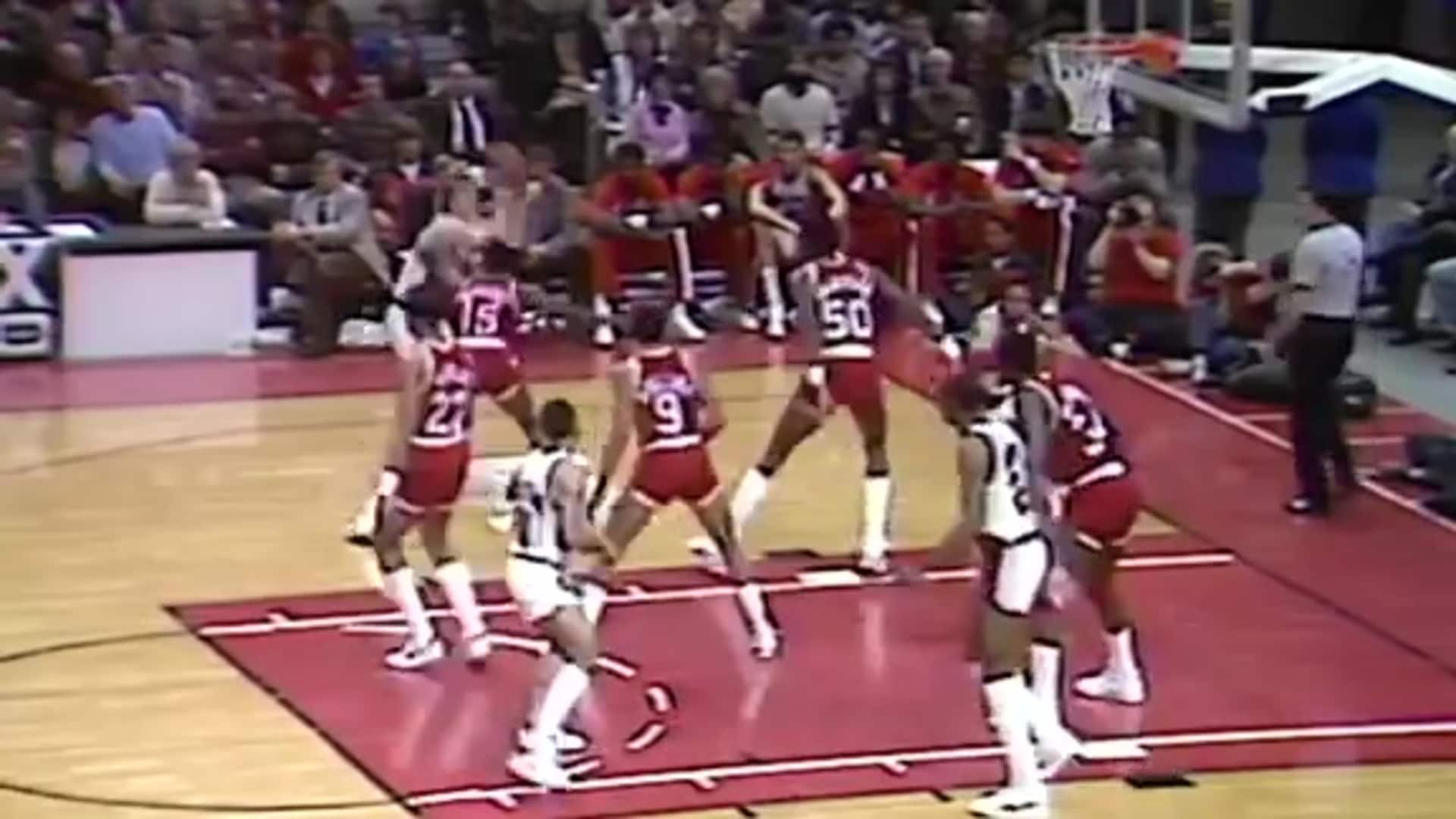 Look back at Jim Paxson's 40-point game in 1985