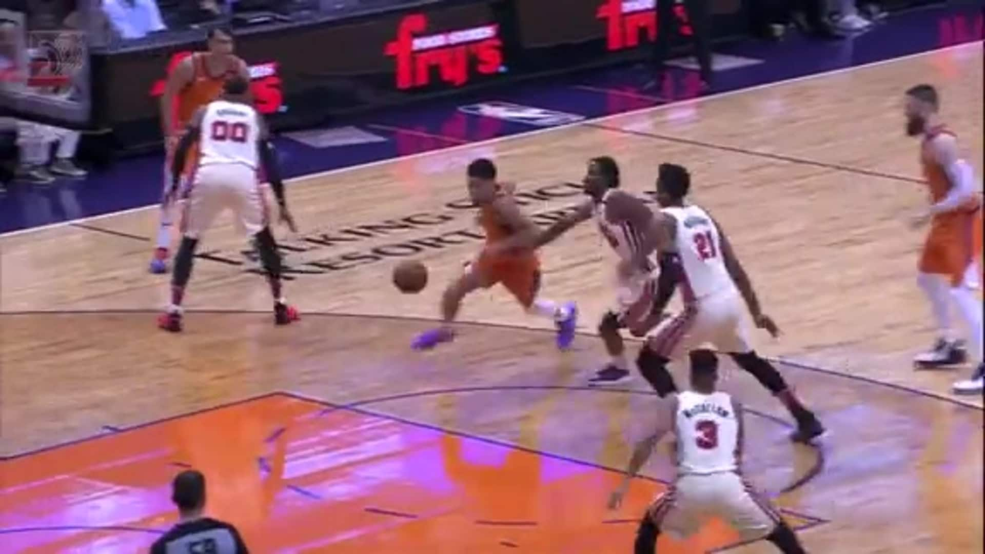Hassan Whiteside protects the paint in Phoenix