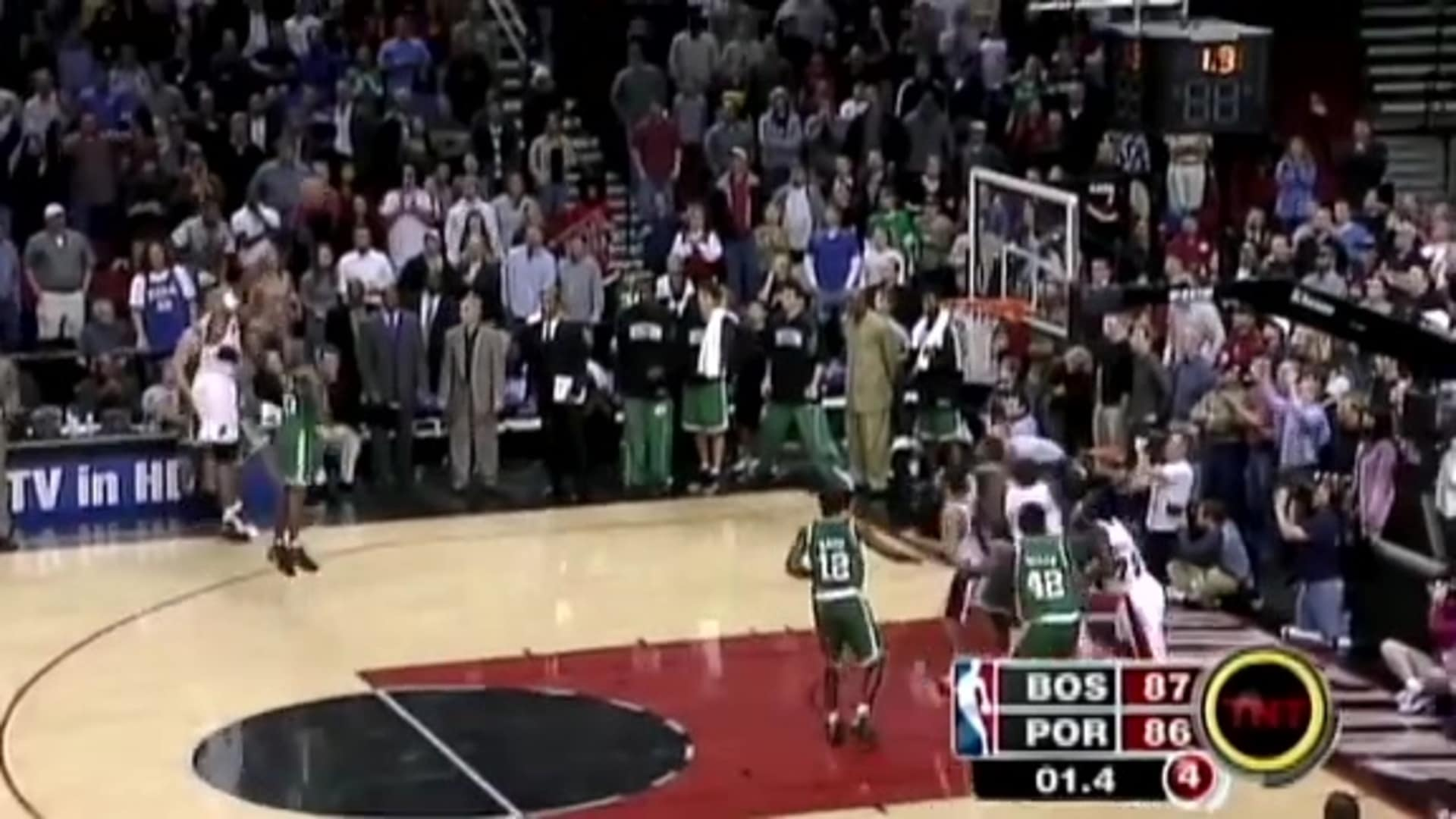 Shareef Abdur-Rahim's 3-Pointer Lifts Blazers Over Boston | Classic Trail Blazers Games
