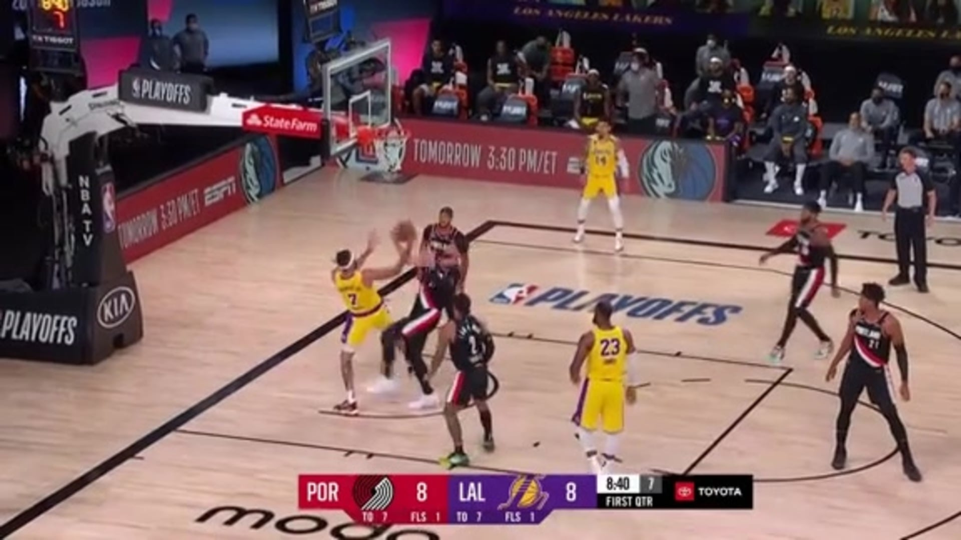 Jusuf Nurkić with the monster block