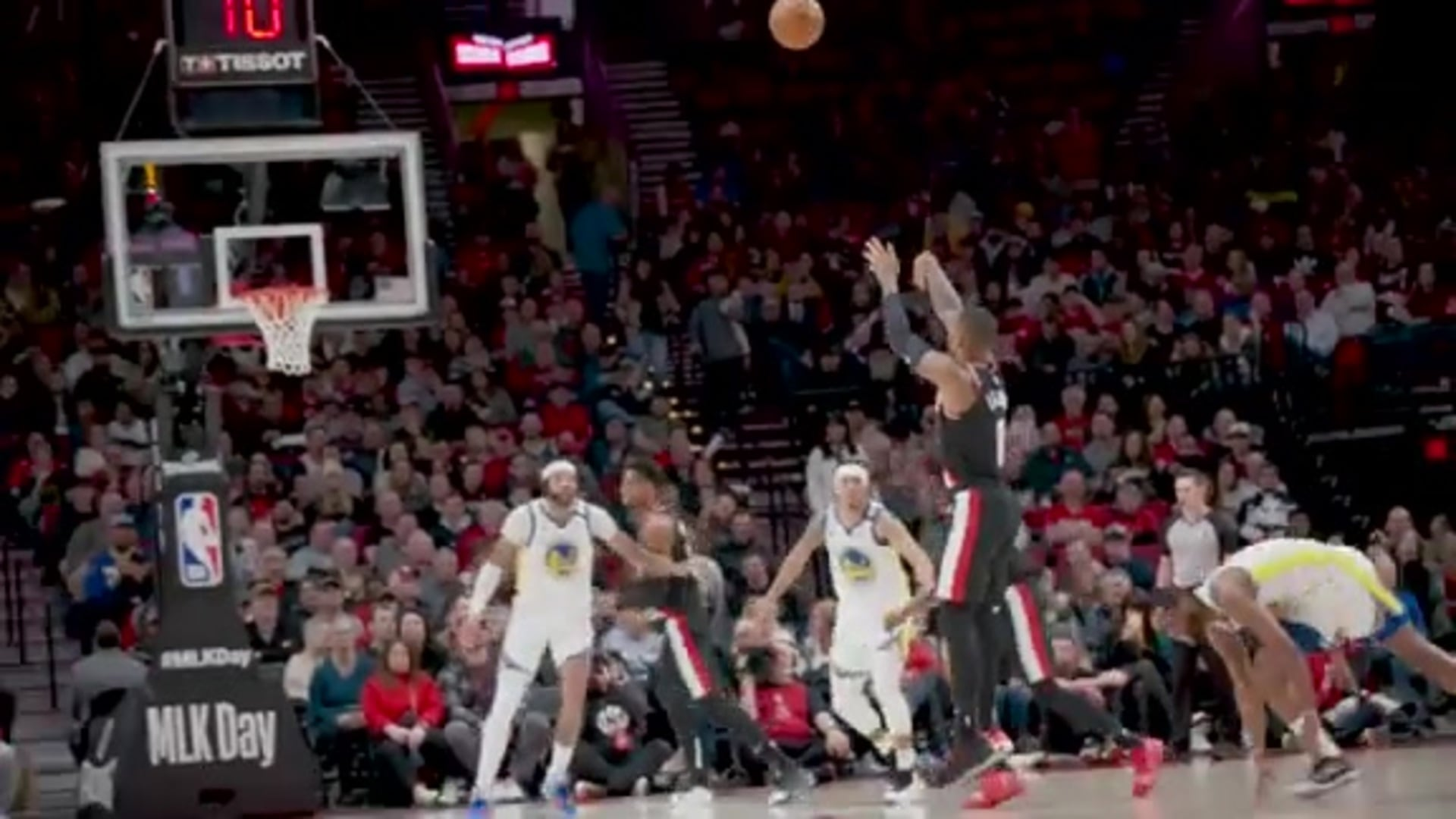 Top Performance #3: Dame Drops 61 on Warriors