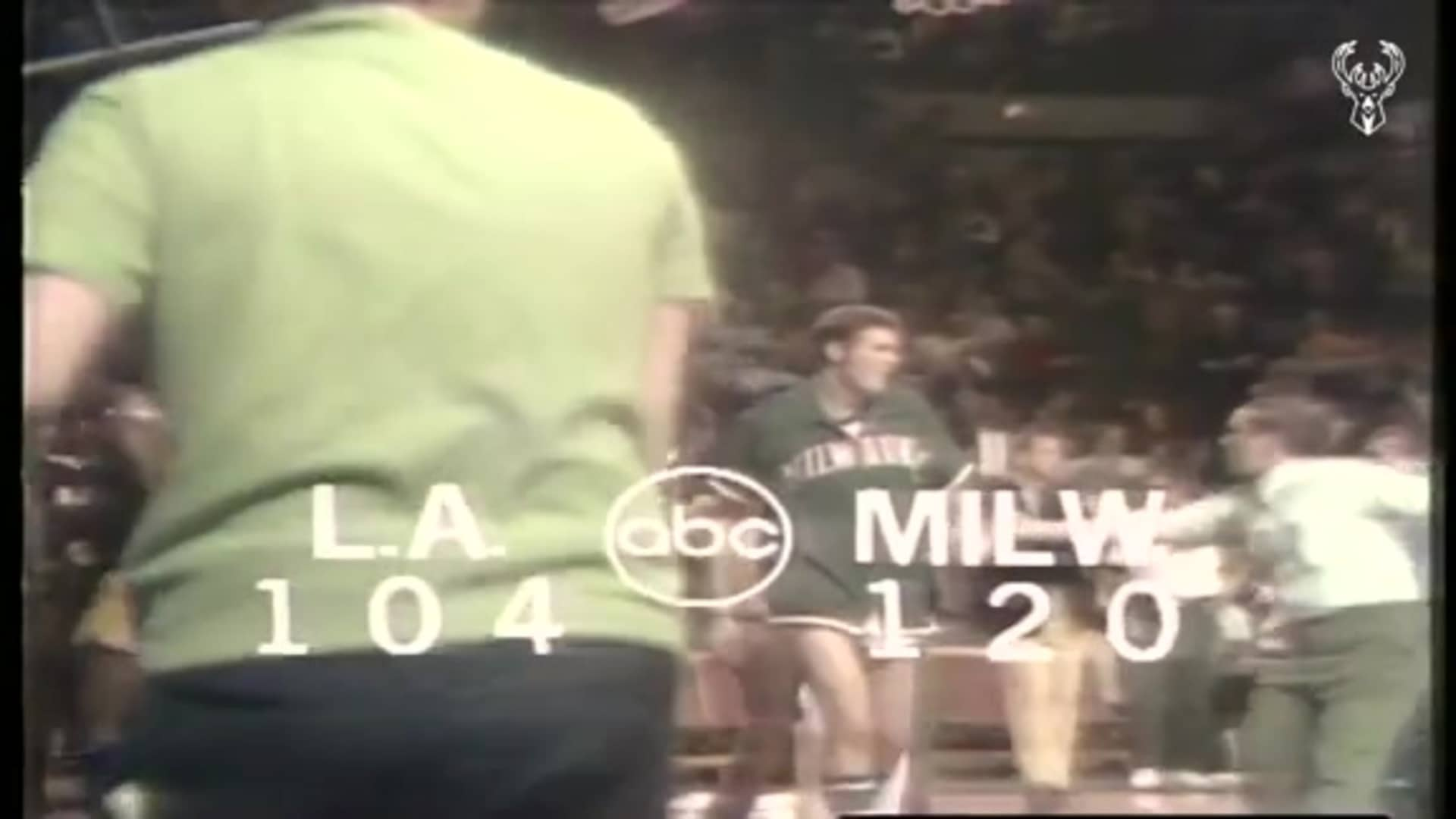 Bucks Snap Lakers 33 Game Win Streak | 1.8.1972