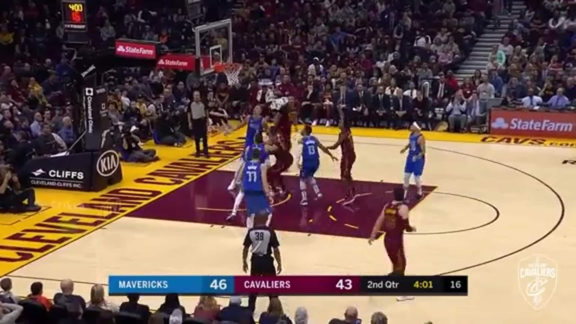 Sexton Fires Up a Floater
