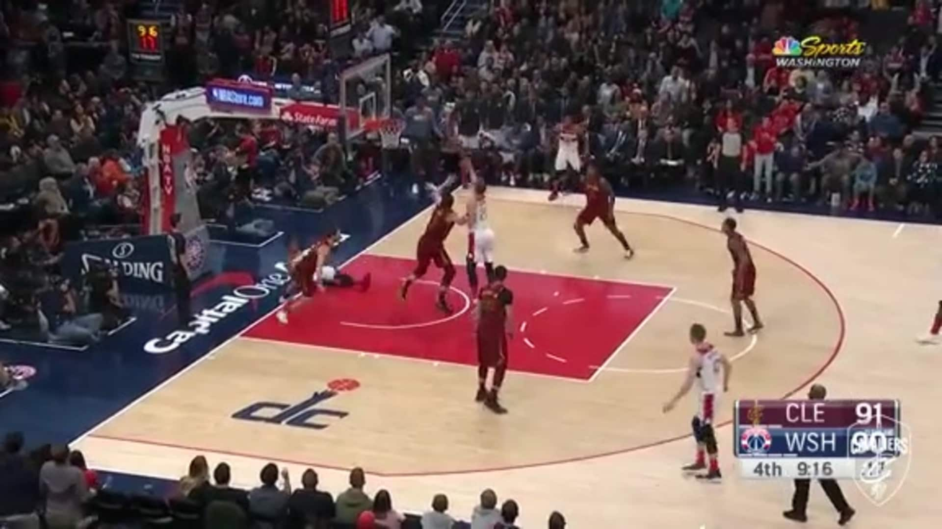 Love and Delly Record Back-to-Back Blocks