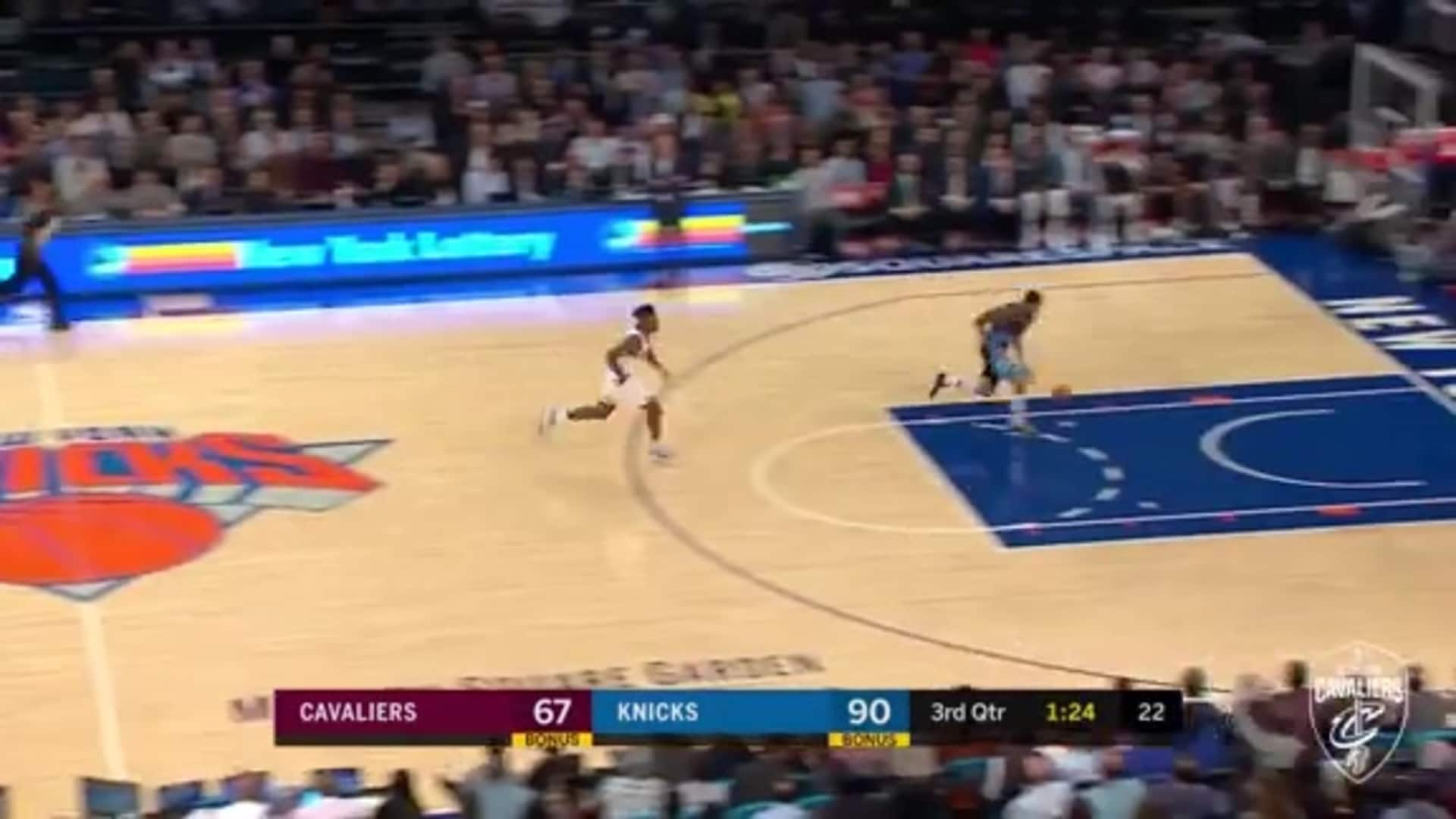 Delly Outlets to Clarkson for Easy Lay-Up