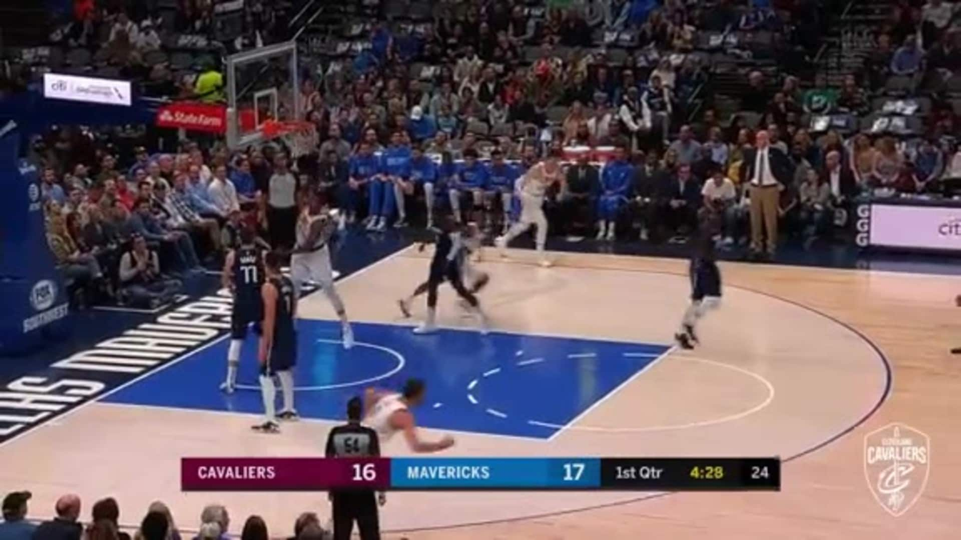 Featured Highlight: Sexton's Fancy Layup