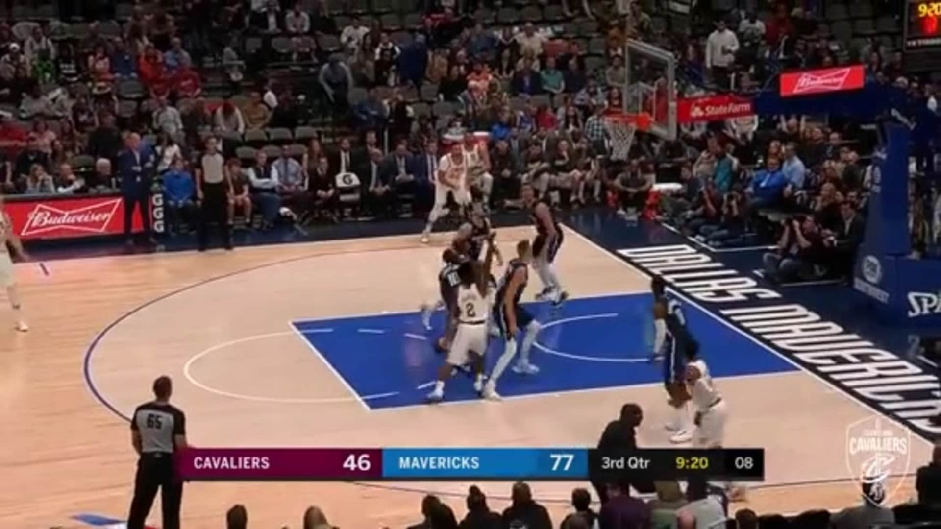 Sexton Steps Up and Scores the Floater