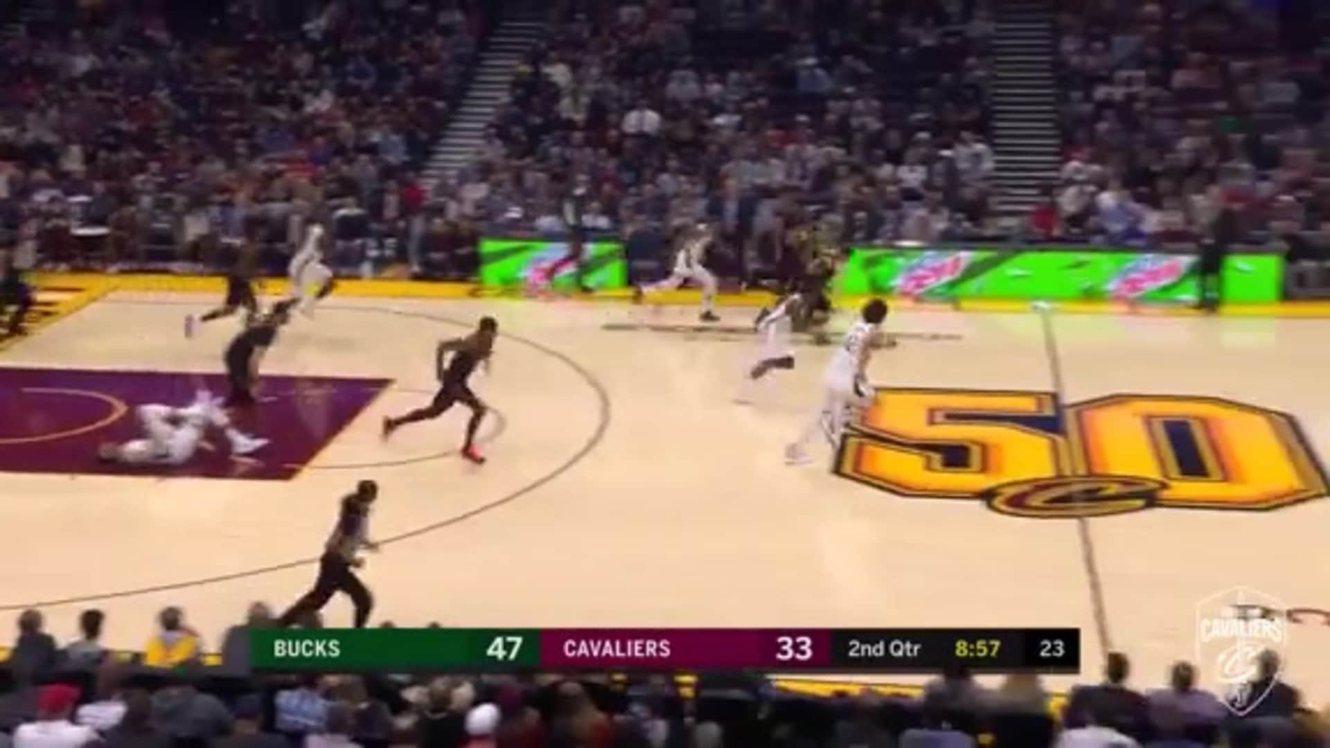 Delly's Steal Leads to a Step-Back Two from Clarkson