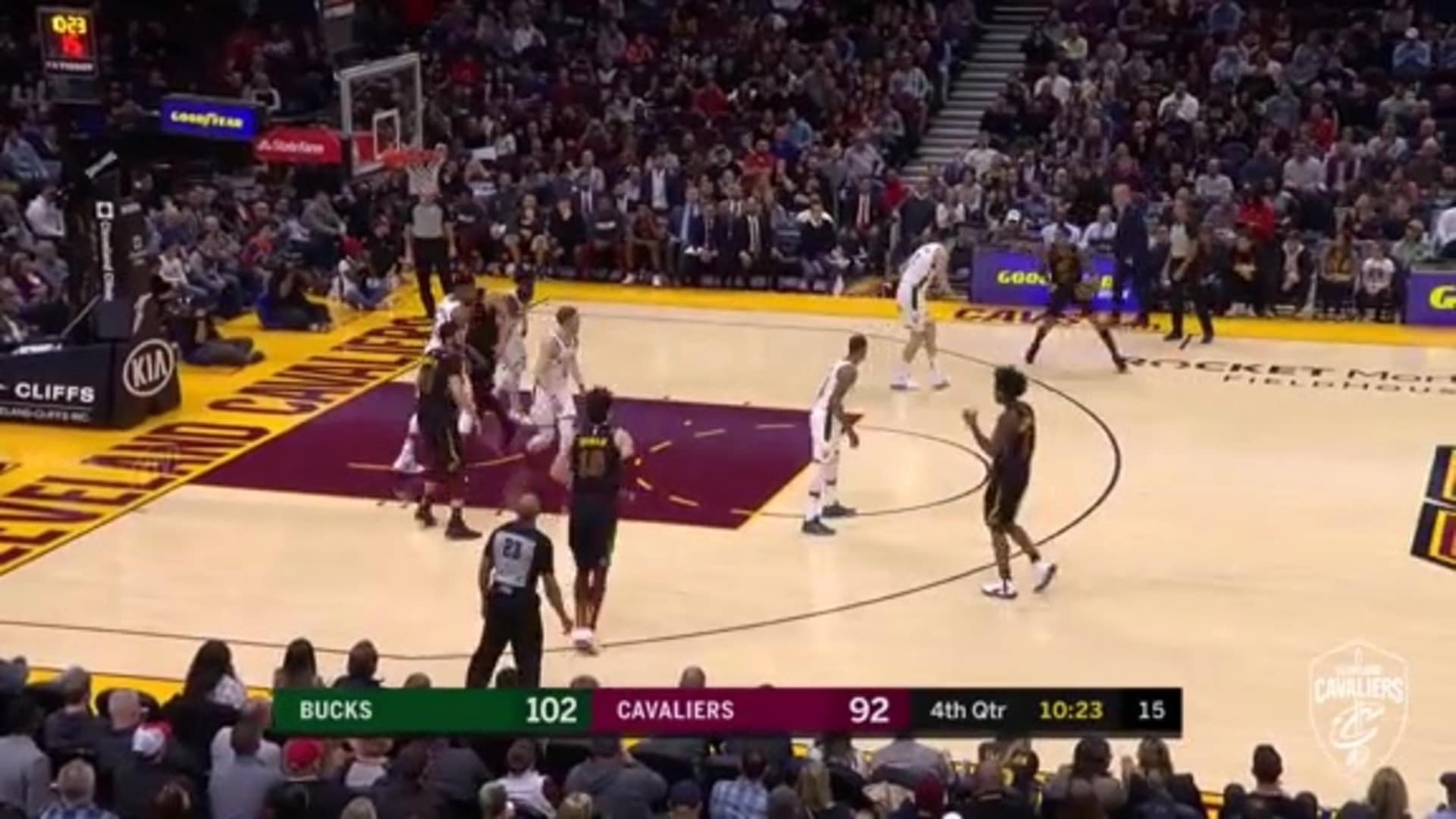 Cavs Cut Deficit to Single Digits with Clarkson Dish