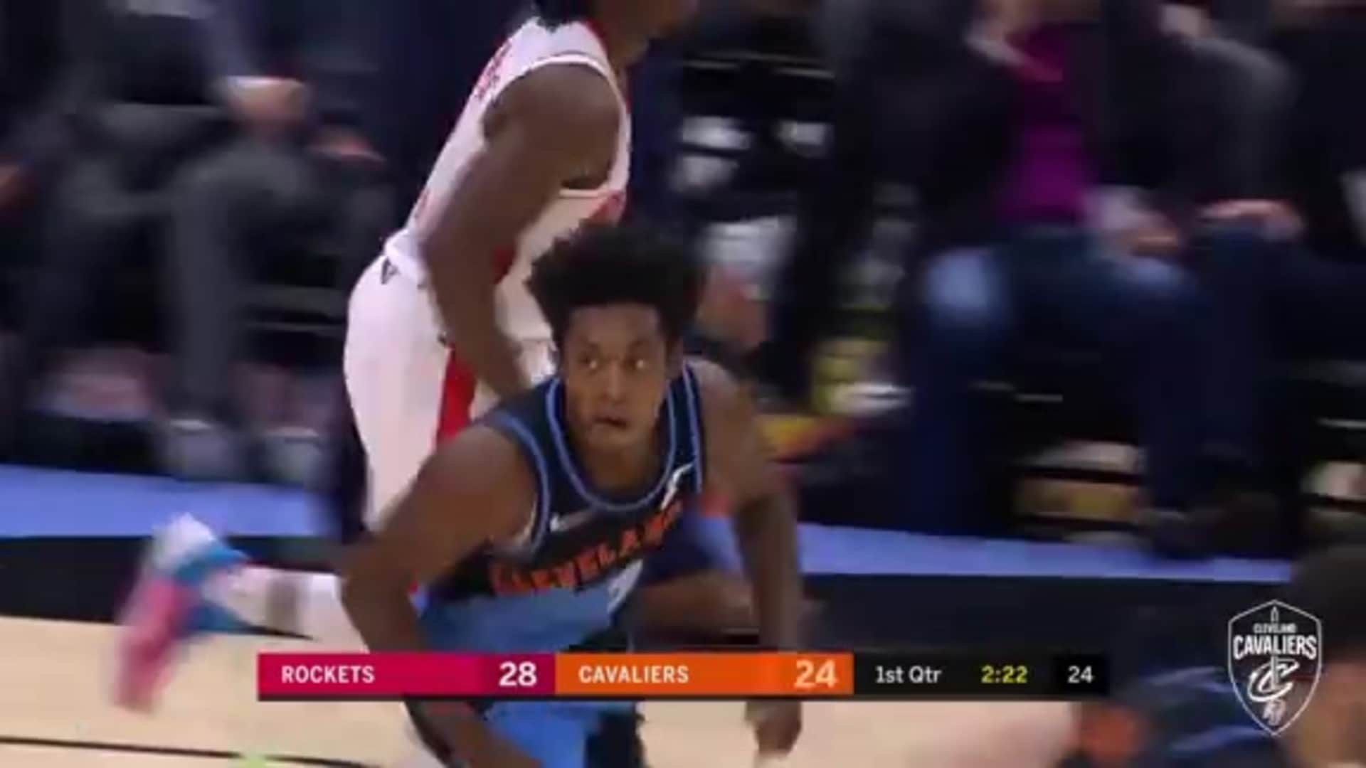 Sexton Goes Up and Under to Score