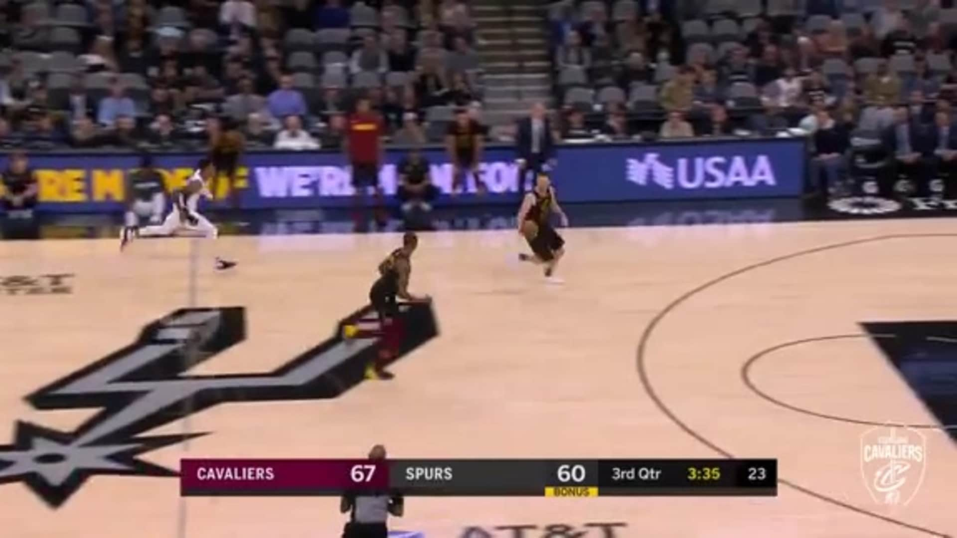 Delly Picks the Spurs' Pockets