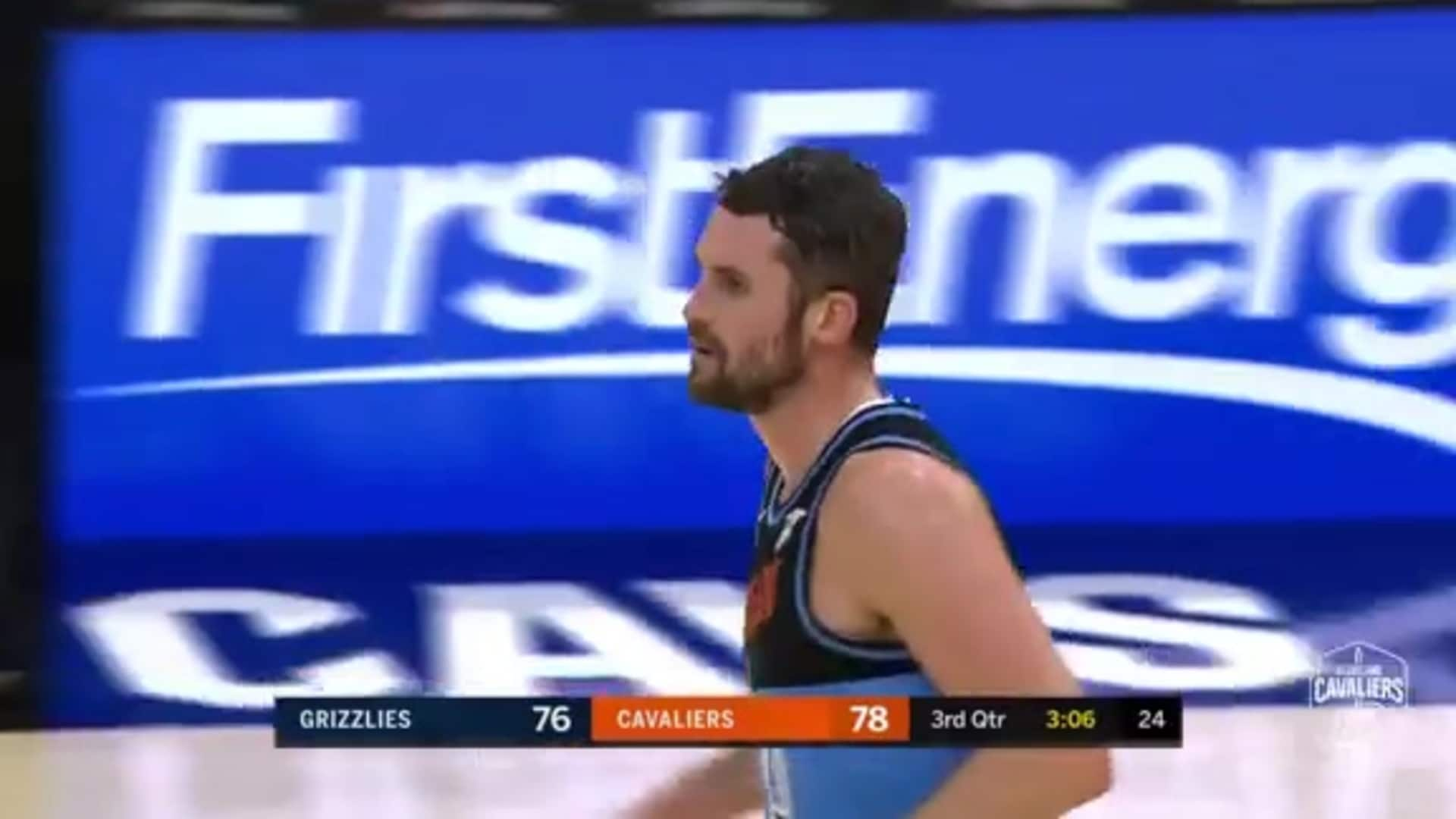 Delly Finds KLove for His Eighth Assist
