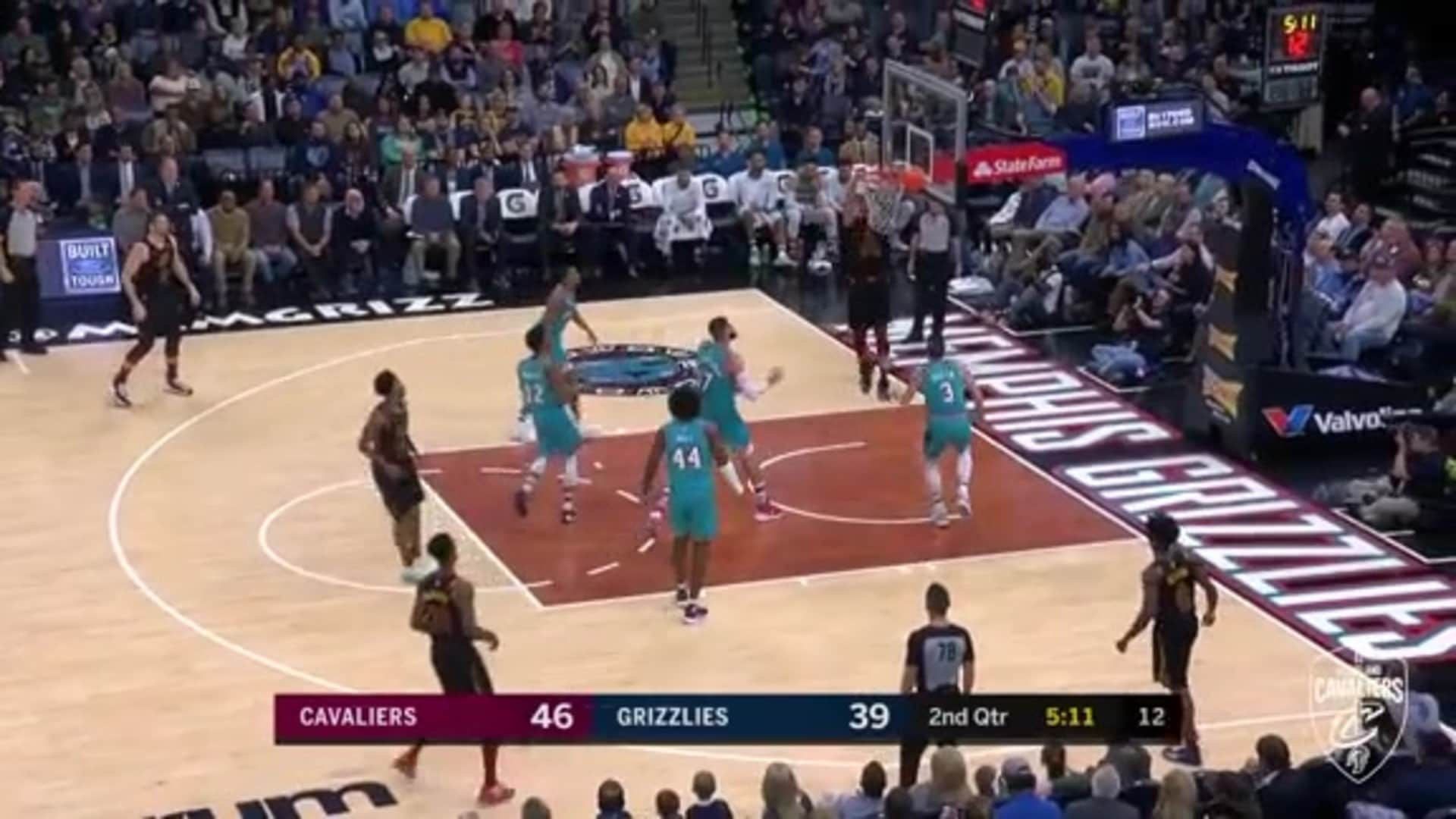 Garland Finds Nance for the Alley-Oop