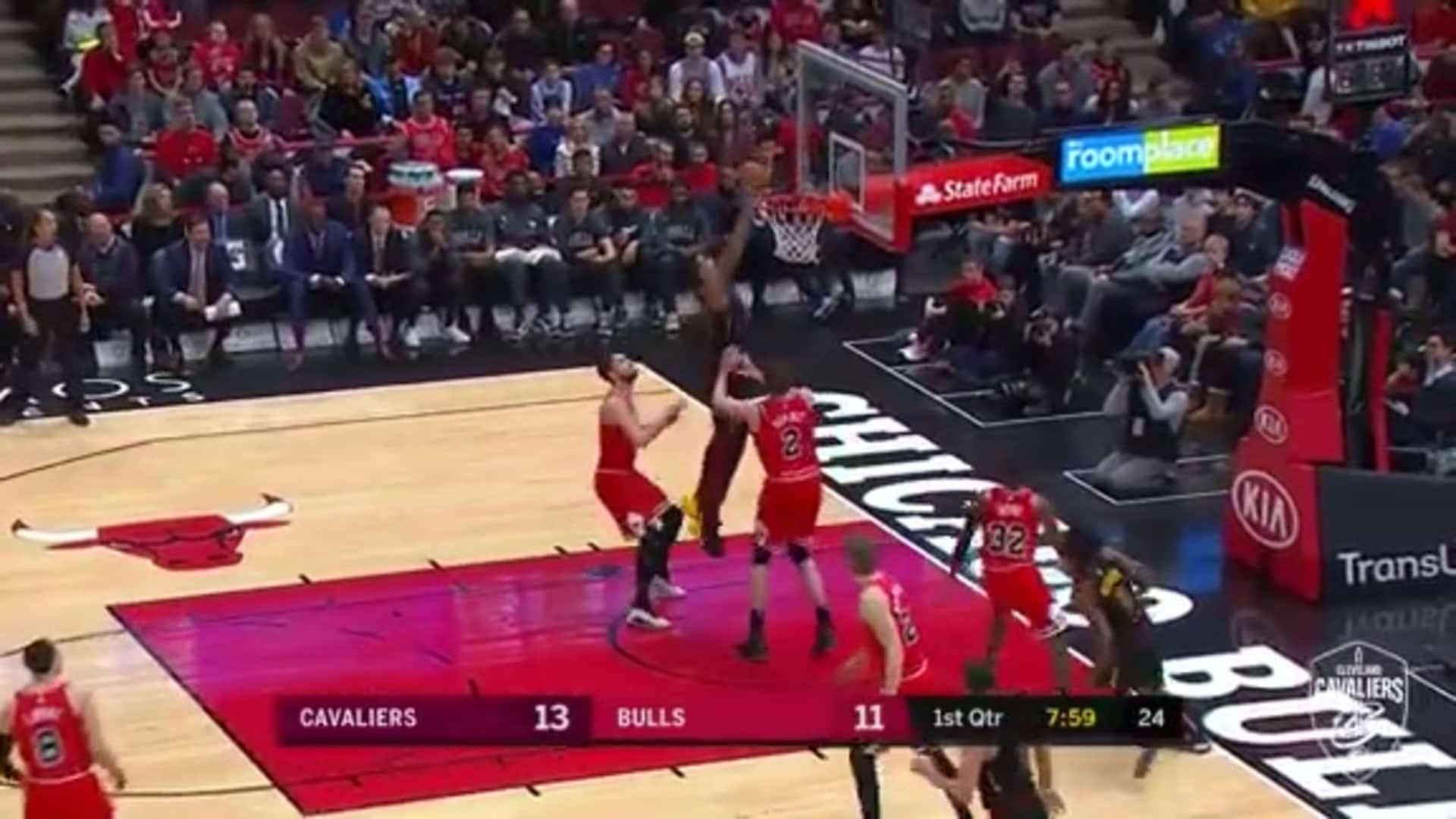 Featured Highlight: TT's Putback Slam
