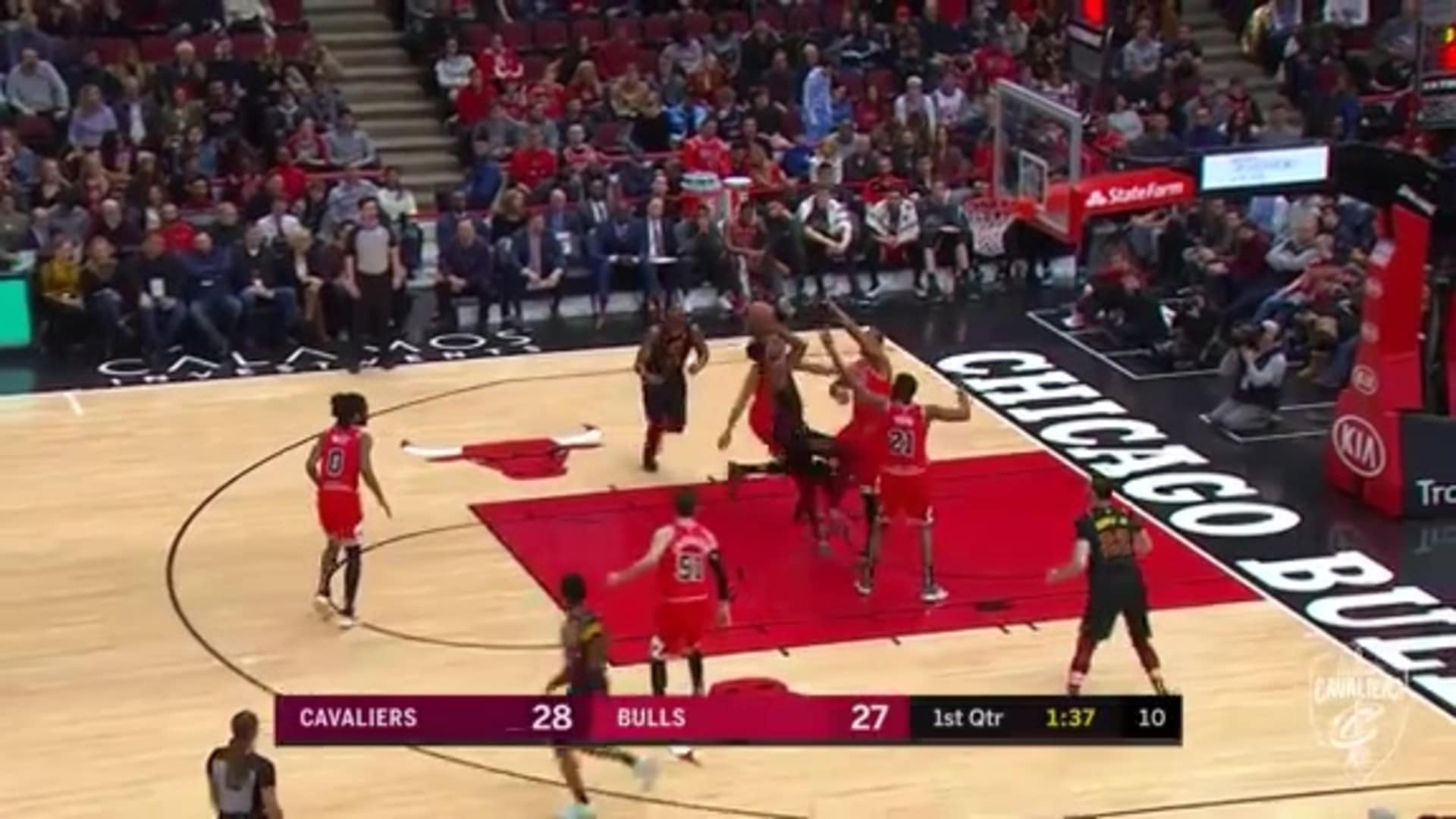 McKinnie Gets And-One To Go In the Paint
