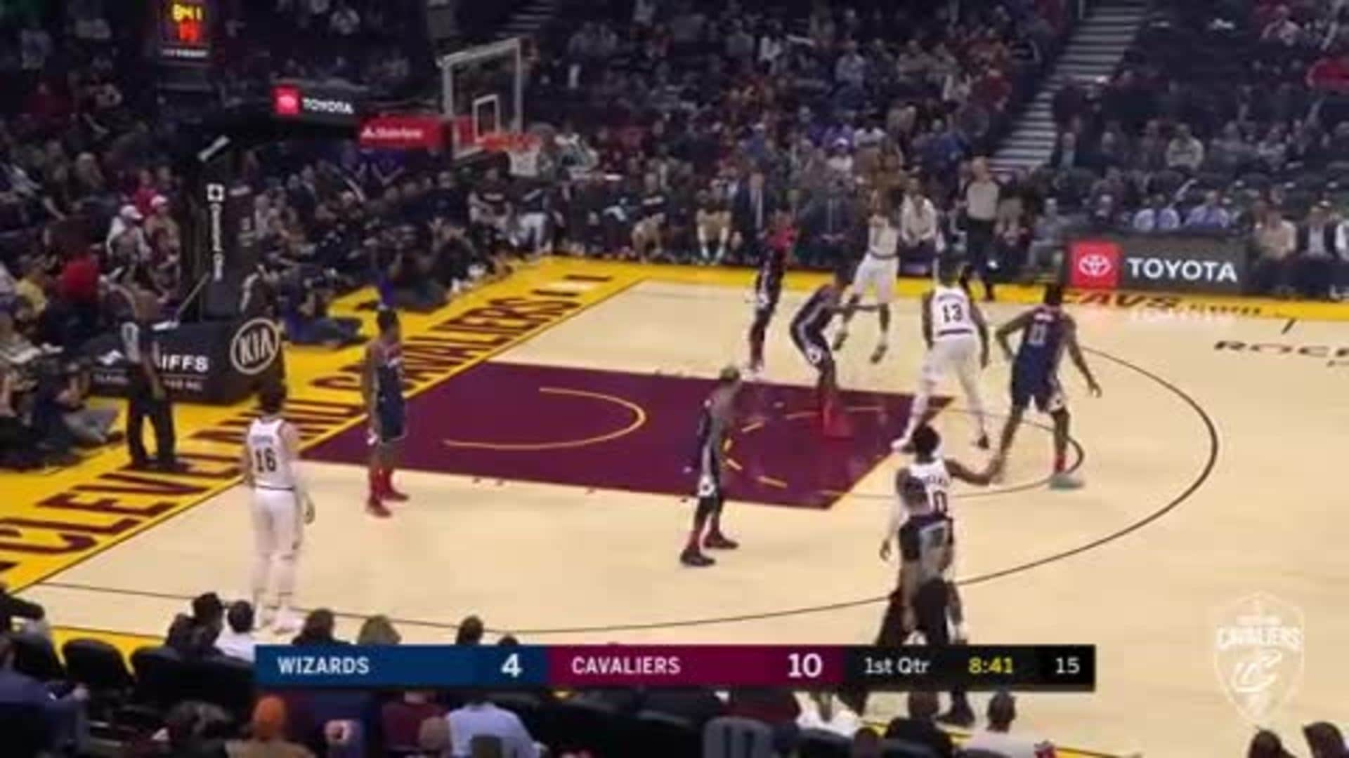 Sexton Buries the Step Back Jumper