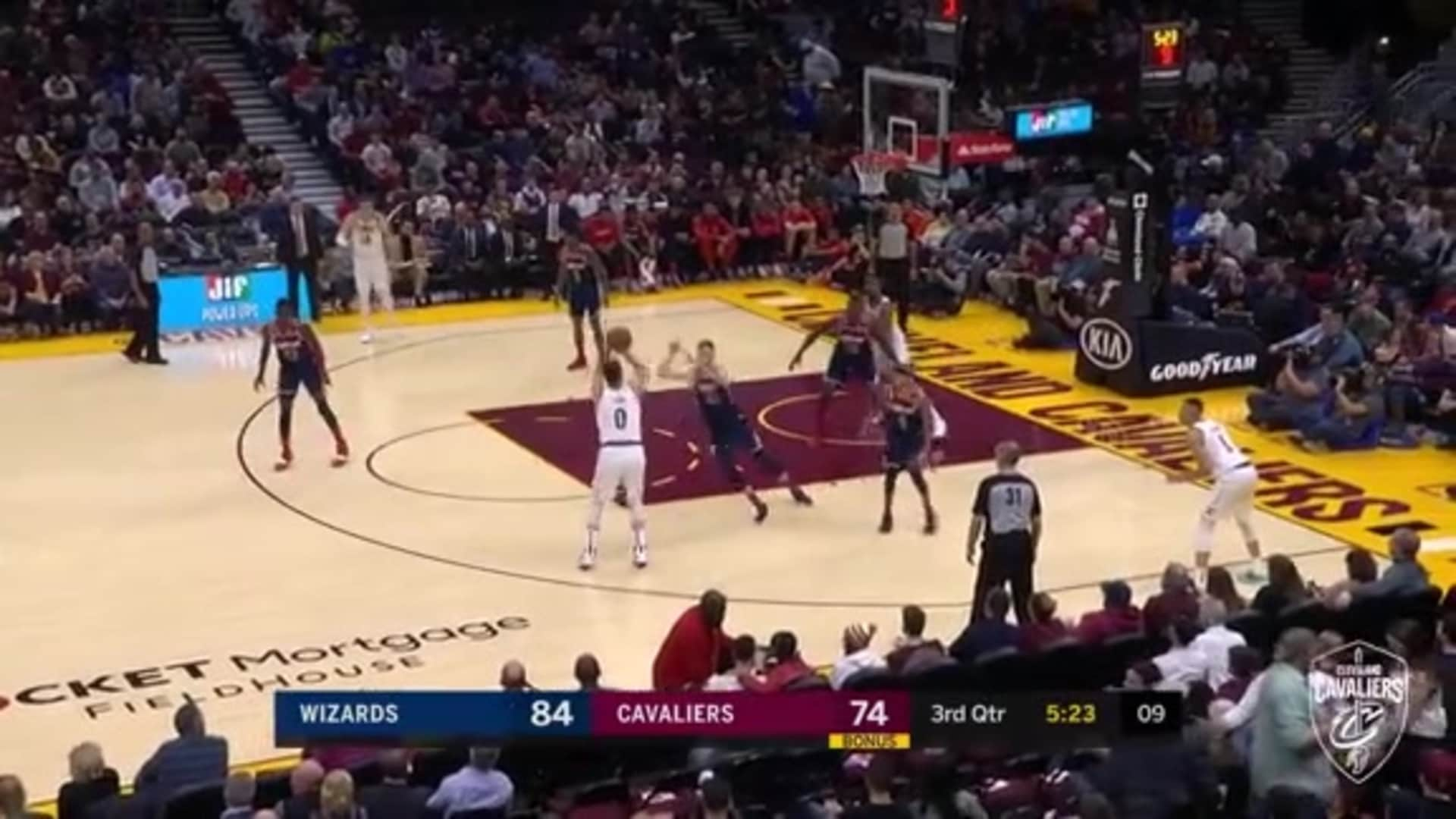 Love Gets Defender to Bite before Knocking It Down