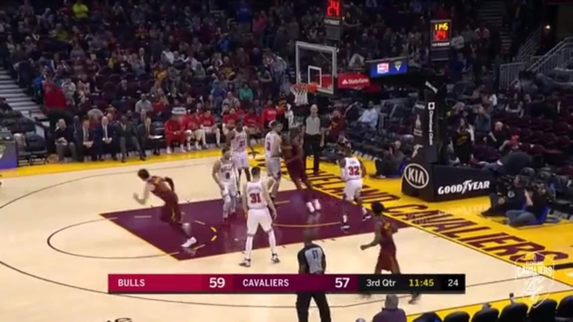 Cedi Sets Up the Ally-Oop to Tristan