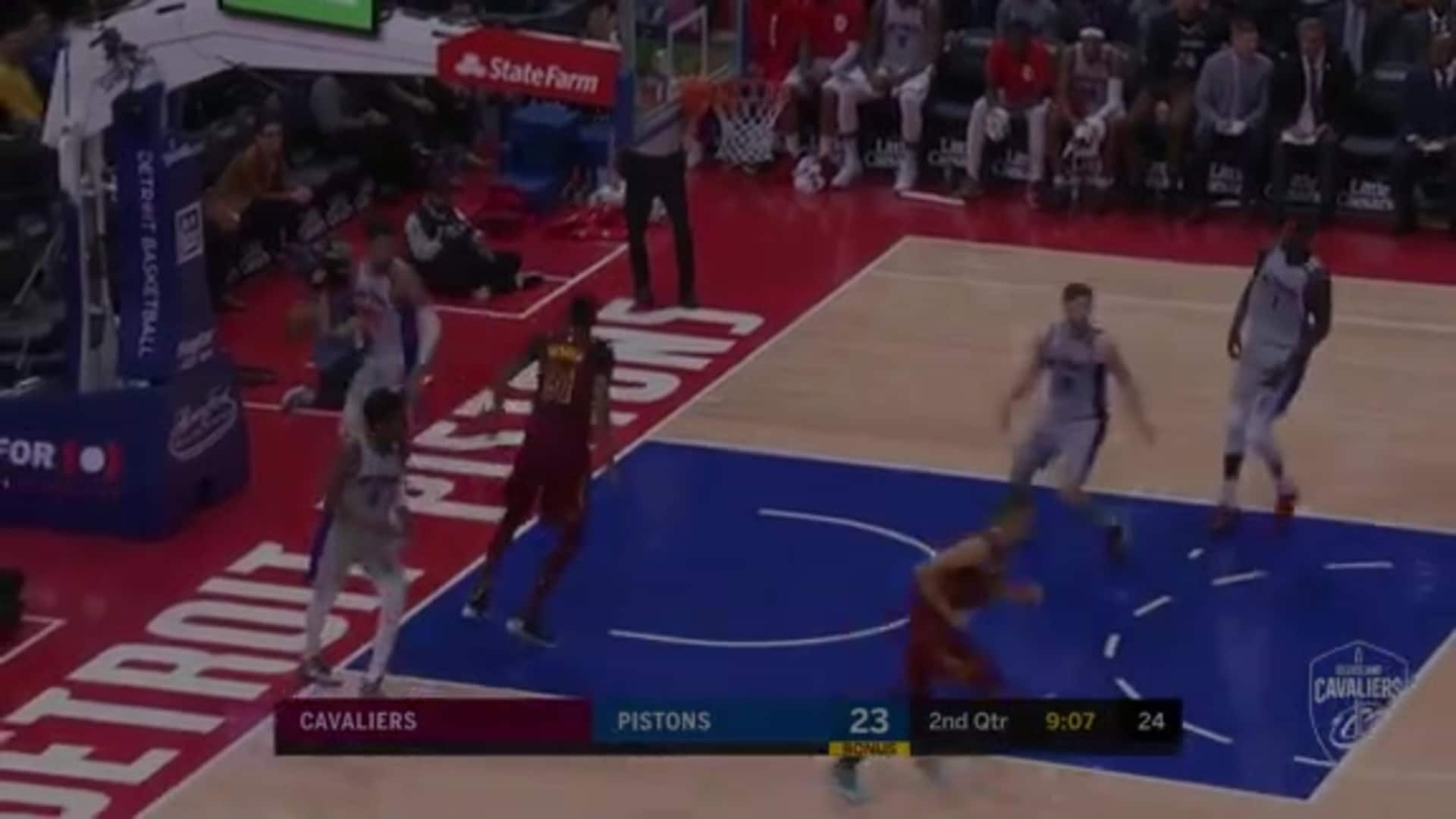 Exum Picks the Pistons Pockets