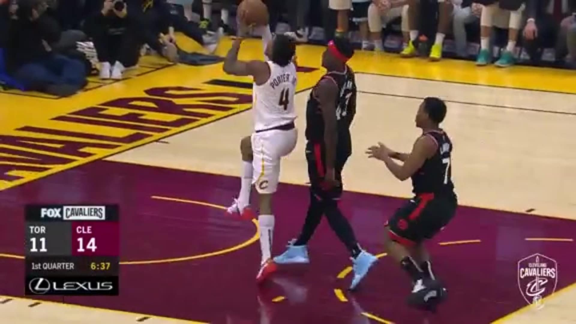 Cavs Steal & Score in First Frame
