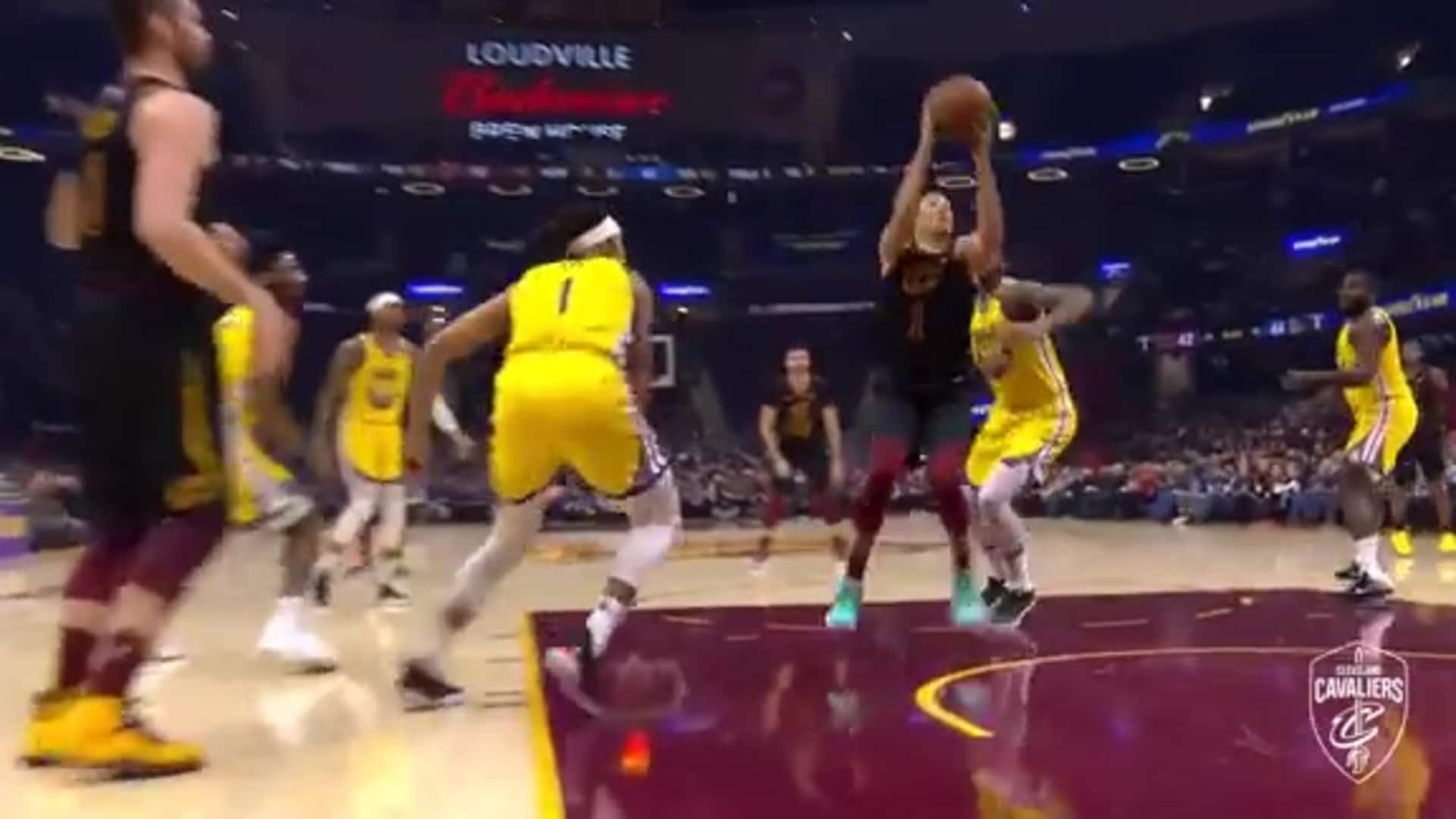 Exum Flies in for Lay-Up